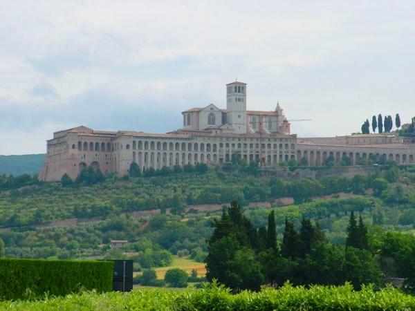 Ponte dell'Immacolata in Umbria Partenze dalla Sardegna